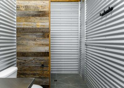 Watkins Barn bathroom 2